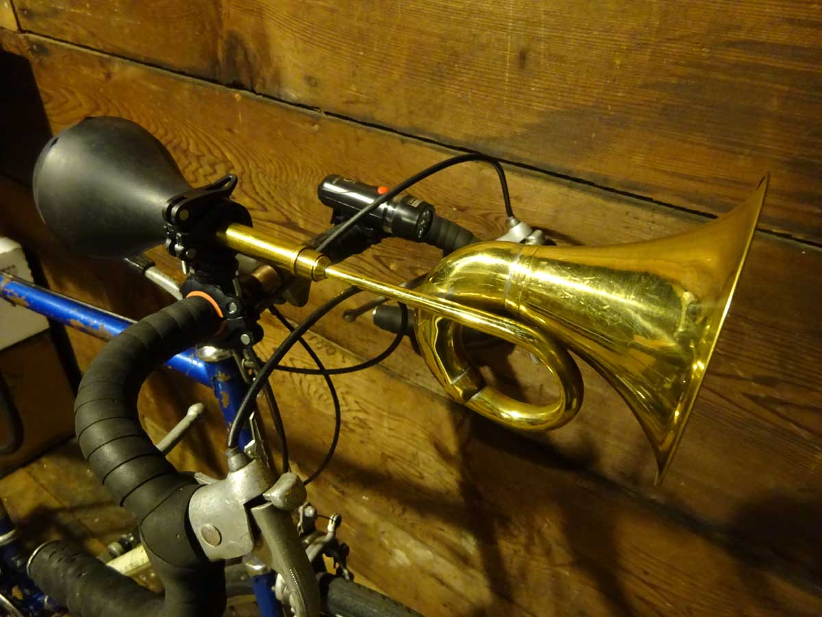 brass squeeze horn on bicycle handle bars